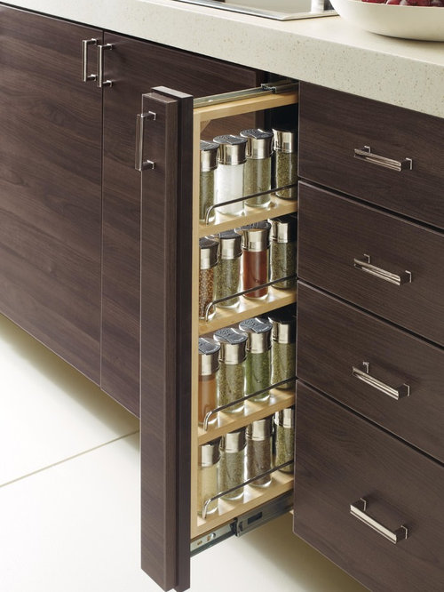 Organizing Features: Pull Out Spice Rack   Spice Jars And Spice Racks