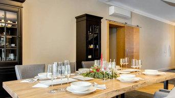 Большой обеденный стол из массива горного карагача на металлическом подстолье