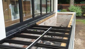 Garden Design with Composite Decking and Garden Balustrade