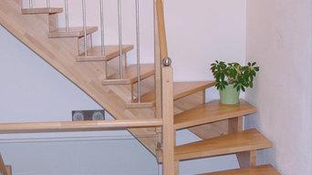 Aufgesattelte Holztreppen