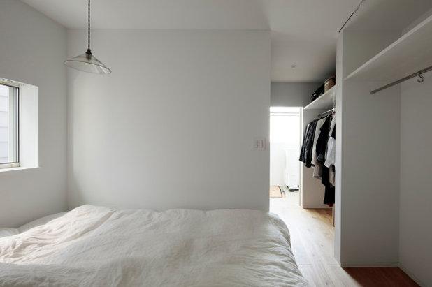 寝室 by 佐々木達郎建築設計事務所