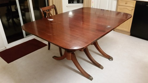 I Bought This Table Used Because It Collapses Small For Every Day Family Of 4 Dining And Enlarges Large Gatherings Is Mahogany