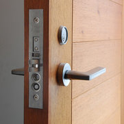 Bauhaus doors – Tischler Design Studio's photo