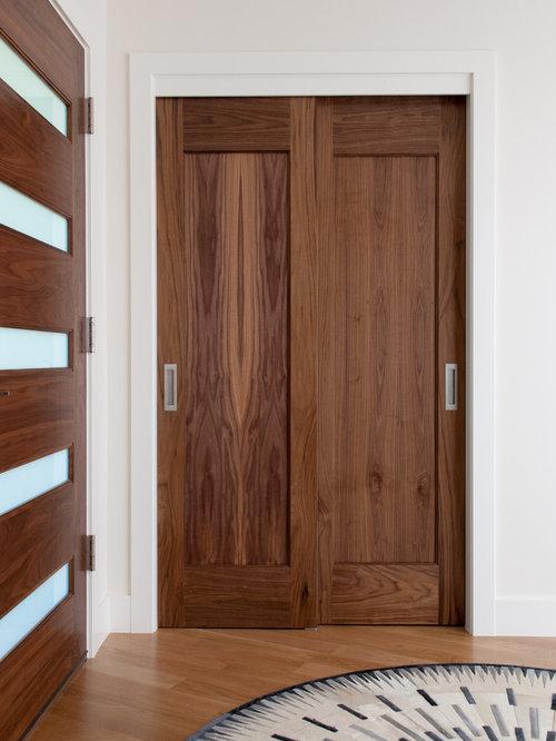midcentury reach in closet design ideas remodels photos - Reach In Closet Design Ideas