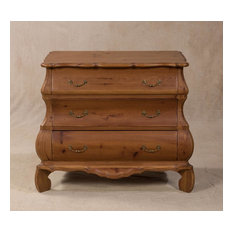 Huxley Scalloped Bombay Chest