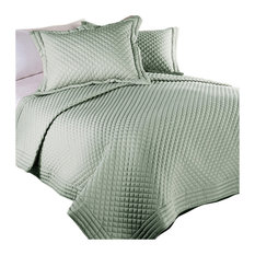 Lotus Home Diamondesque Water and Stain Resistant Quilt, Sage, F/Q