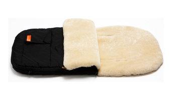 Snuggle Pod Sheepskin Footmuff in Buttermilk/ Black