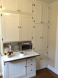 Refurbishing a kitchen in a 1925 home