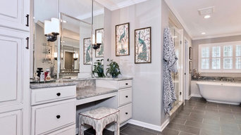 Beautifully Bright Bathroom!