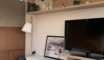 Laura and Mike's - bespoke Modern TV unit
