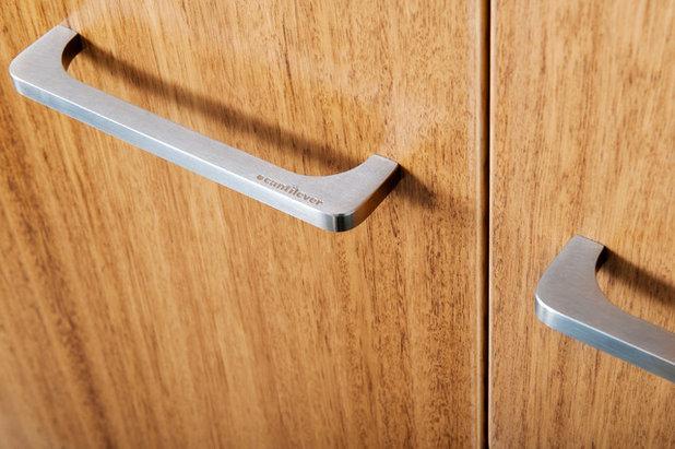 Cantilever handles