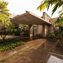 Delhi Houzz: Stone, Wood & a Simple Life Shine in This Earthy Bungalow