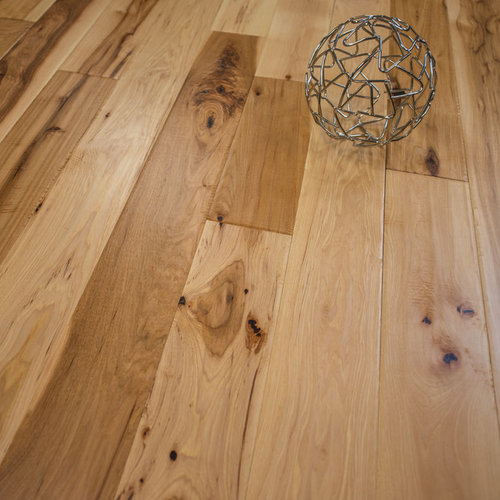 "Is Hickory A Good Wood For Floors: Hand Scraped Hickory Prefinished Solid Wood Floors (5"" X 3/4"""