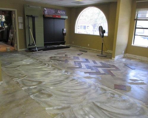 NEW Showroom Floor