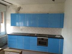 appena finito di montare la cucina ikea in una casa vacanze ci sono voluti mesi prima di vederla terminataescludo fortemente farla montare dal personale