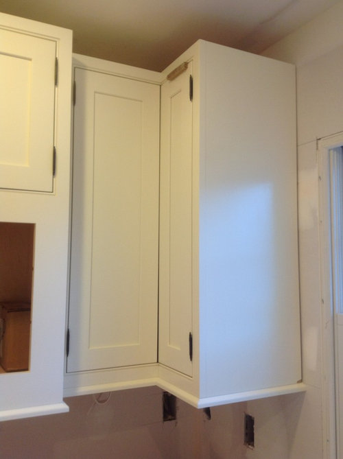 Help for kitchen corner cabinets with inset doors