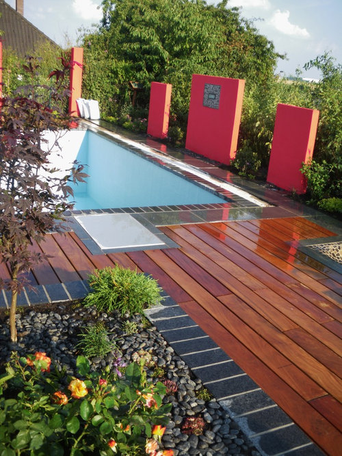 Proj. Sattler: Swimmingpool With Woodn Desk, Pool Mit Holzterrasse Gartendesign Mit Pool