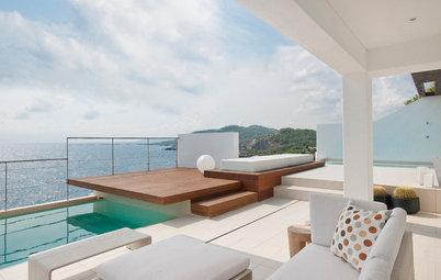 Una terraza en Ibiza diseñada para contemplar y sentir el mar