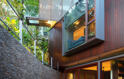 Houzz Tour: A Home of Bridges, Waterfalls & Cantilevers