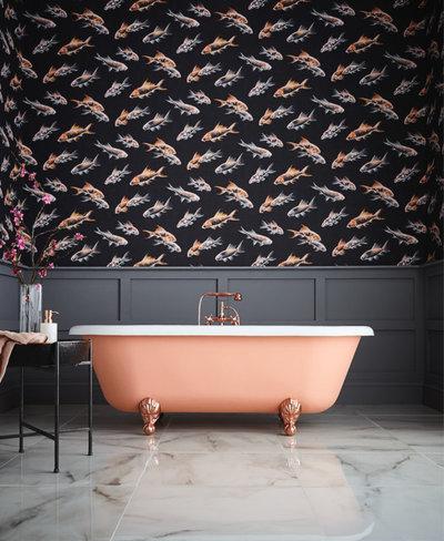How Do I... Wallpaper my Bathroom?