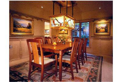 Traditional Dining Room by Shigetomi Pratt Architects, Inc.