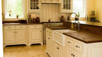 Norris Lake House White Kitchen