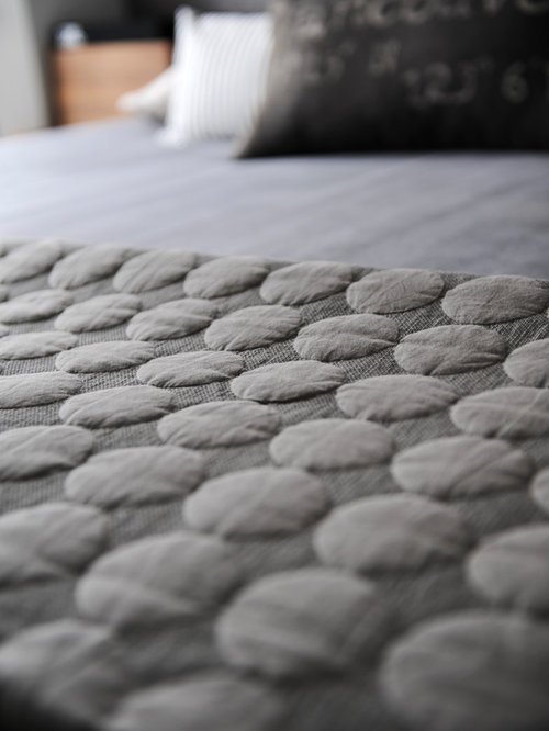 West 2nd Street, North Vancouver - Bedding
