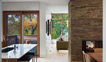 Hardwood/Engineered Flooring