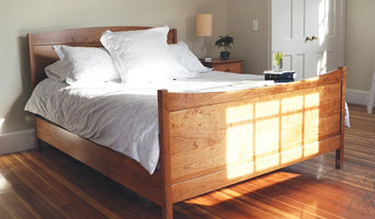 Shaker Style Queen Size Frame & Panel Bed