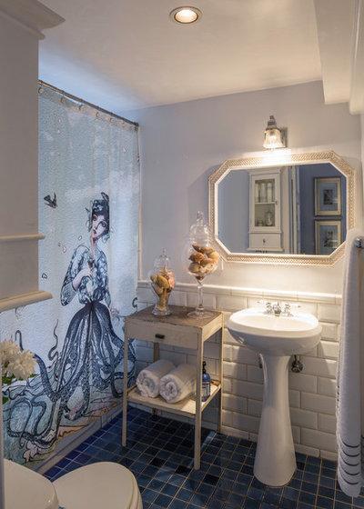 Eclectic Bathroom by Ggem Design Co.
