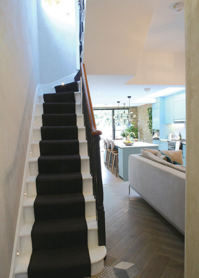 Contemporary Hallway & Landing by Yoko Kloeden Design