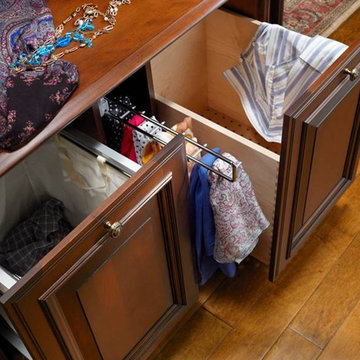 Double Hamper with Pullout for Scarves