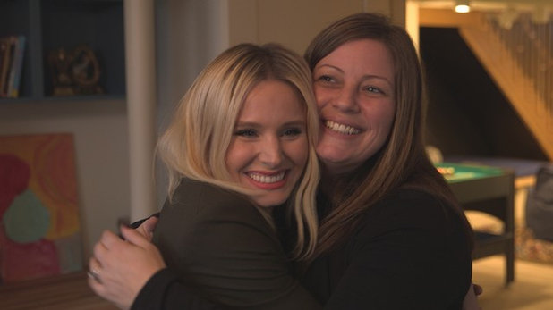 Kristen Bell and her sister Sara