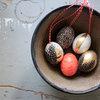 Wachteln, Washi und etwas Gold: 5 DIY-Ideen für schicke Ostereierdeko