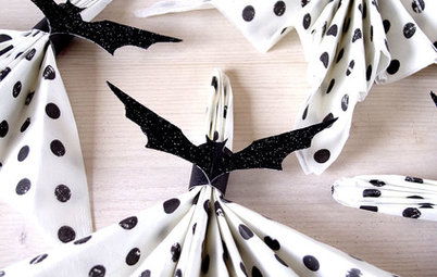 How to Make Napkin Rings That Look Like Bats