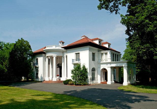 Madam C.J. Walker's Villa Lewaro: A Beacon for Women