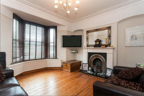 Wall colour for Victorian living room with purple sofa?