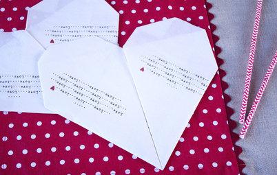 DIY : Pliez vos serviettes en forme de cœur pour la Saint-Valentin