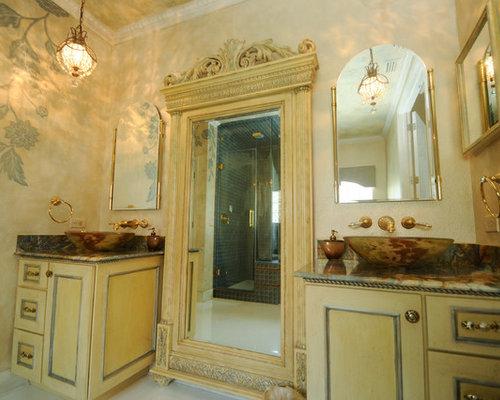 Foto e idee per bagni vittoriani con piastrelle marroni - Bagno piastrelle marroni ...