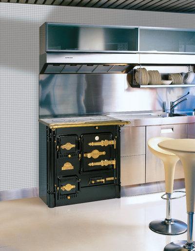 Estilo 39 vintage 39 las cocinas de le a vuelven a la casa de for Cocina economica a lena