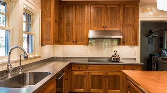 Stainless countertops/Fountain City