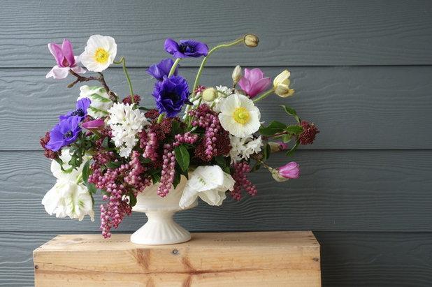 Farmhouse  by Slow Flowers LLC