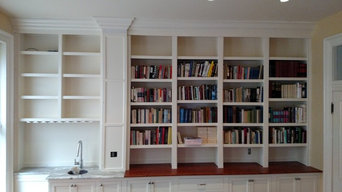 Library with Wet Bar
