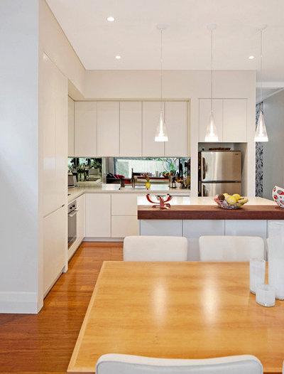 Modern Kitchen by mcrae + lynch interior design