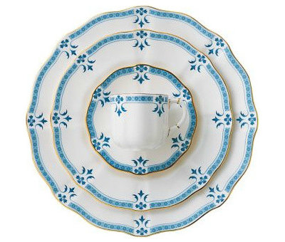 Traditional China Patterns guest picks: formal china patterns for the stylish bride and groom