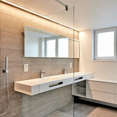 Kelowna, BC Glass & Shower Door Dealers