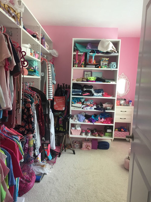 ... More Color And More Beach Into The Closet. My Room Is Beach Themed And  This Is A Completely Different Theme. Please Help! Anything Would Help  Thanks!