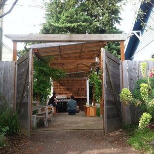 Inspiration for a small eclectic home design remodel in Portland