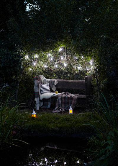 Contemporary Garden by Lights4fun