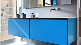 Ispirazioni colore Pantone 2020 - allestimento in blu